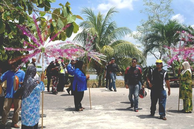 Makan Siang Di Kampung Dorani The Journey Of Haryo Widodo