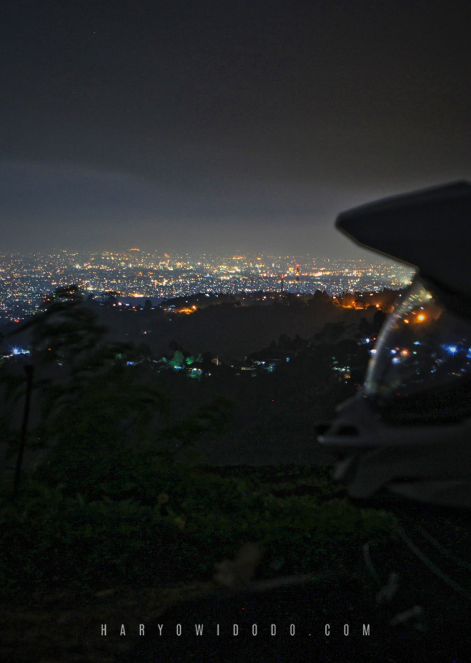 Menikmati Citylight di Bukit Moko
